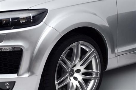 CARACTERE 10ti-dílná sada pro rozšíření blatníků pro použití s CARACTERE předním nárazníkem pro Audi Q7 facelift
