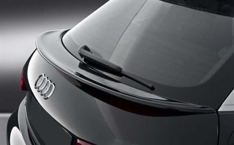 CARACTERE spoiler víka kufru pod zadním sklem pro Audi A1