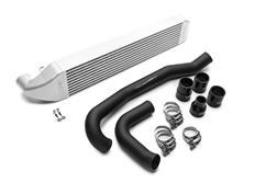 COBB Front mount intercooler kit (FMIC) pro vůz Ford Fiesta ST 2014-2019 - včetně pevného trubkového vedení vzduchu