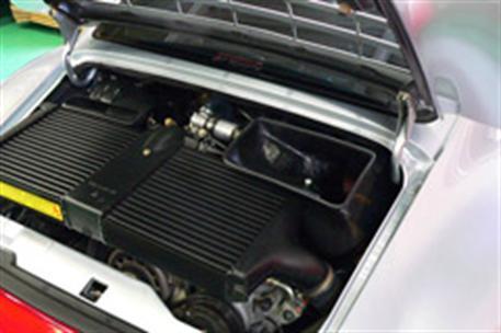 GruppeM carbonové sání pro Porsche 911 (993) 3.6 GT2