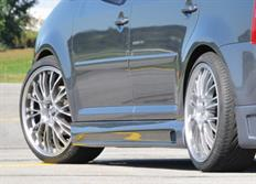 Rieger tuning boční práh s prolisem a výřezem pro Volkswagen Touran (1T) Van, r.v. od 03/03-