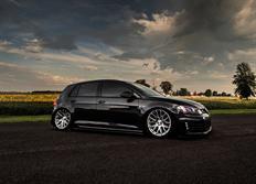 Sada vzduchového podvozku Air Lift Performance pro zadní nápravu řady Performance pro VW Golf 7 včetně GTI