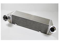 Forge Motorsport intercooler kit pro BMW E82/E88 135i, E90/E91/E92/E93 335i s motory N54/N55