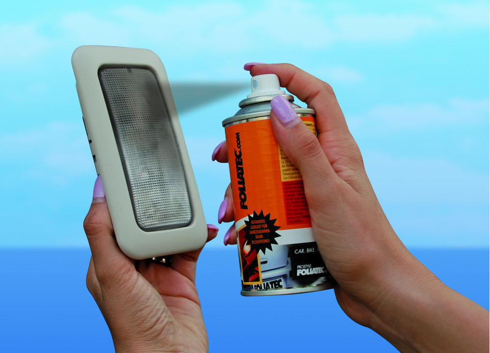 FOLIATEC kouřový transparentní lak na tónování světlometů