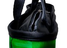Raemco Dámská kabelka vyrobená z bezpečnostních pásů, italská trikolóra, větší
