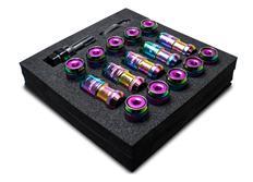 Sada kolových matic M12 x 1,5 v opáleném titanovém vzhledu s fialovou vložkou hlavy