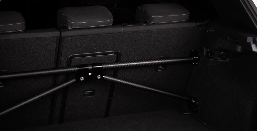 Rozpěrná tyč zavazadlového prostoru Racingline Performance