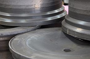 Materiál používaný pro výrobu kovaných kol Vossen